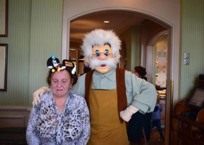 Disneyland_2019_076